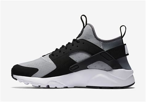 Nike Air Huarache Black Grey nike air huarache ultra wolf grey black sneaker bar detroit