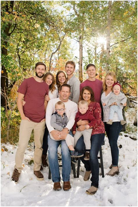 family picture color ideas 25 best ideas about extended family pictures on pinterest