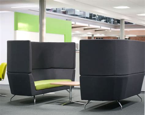 office pod furniture flexiform breakout meeting pods http www flexiform co uk meeting pods office