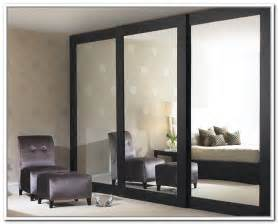 Mirrored Closet Sliding Doors Sliding Mirror Closet Doors Makeover Mirrored Closet Doors Design Design Window