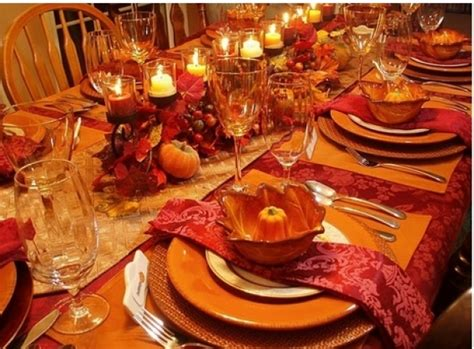 how to set a thanksgiving dinner table how a server hired to help with thanksgiving dinner