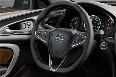 opel insignia 2014 interior 2014 opel insignia interior review top auto magazine