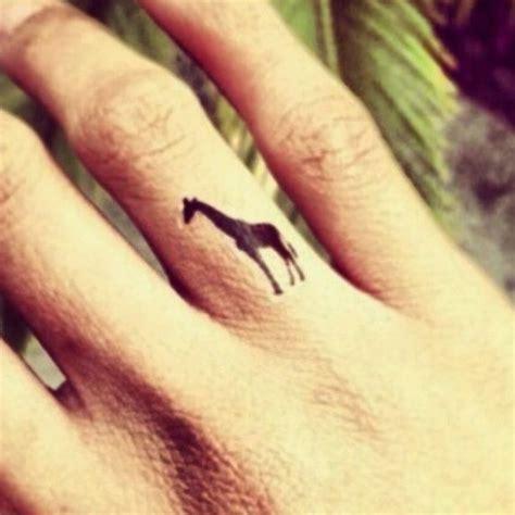 tatouage girafe signification et 29 mod 232 les de tattoo