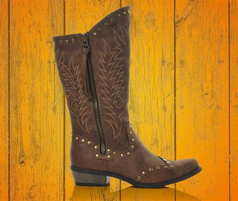 shoe carnival boots shoe carnival cowboy boots 28 images pin by shoe