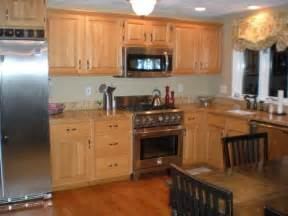 Kitchen Color Ideas With Oak Cabinets Oak Kitchen Designs Thraam