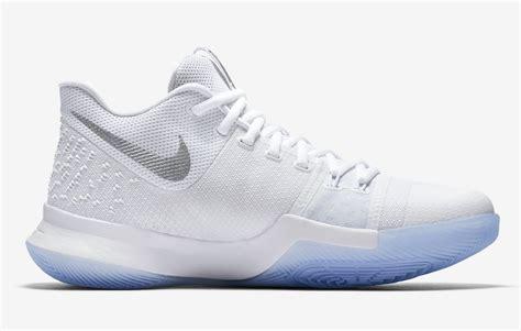 Sepatu Basket Adidas D 5 Nike Lebron Kyrie Ua official images nike kyrie 3 white chrome kicksonfire