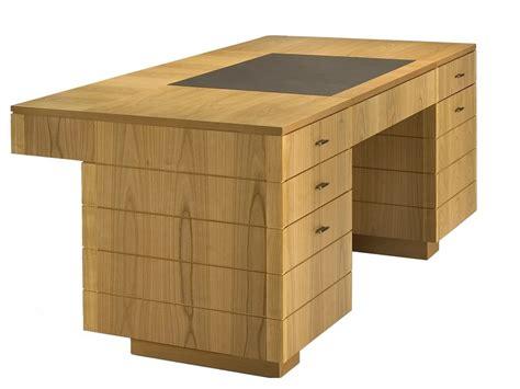 scrivania roma scrivania in ciliegio con cassetti 900 roma scrivania