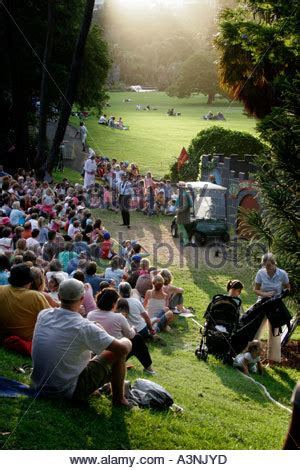 Wind In The Willows Botanical Gardens Melbourne Australian Shakespeare Company S Wind In The Willows Royal Botanic Stock Photo Royalty Free