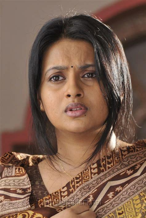 actress kalyani picture 197320 actress kalyani in agnatham movie stills
