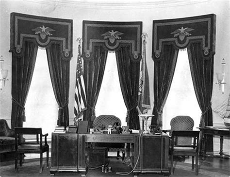 oval office curtains drapery in the oval office