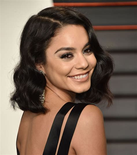 Hudgens Hairstyle by Hudgens Got A Major Hair Makeover Just In Time For