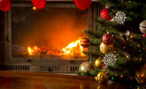 how to prevent christmas tree from drying out how to avoid tree fires this season servicemaster restore