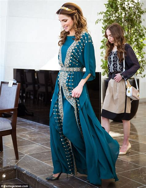 Gamis Daily Raniya rania dazzles in emerald dress as she gathers with