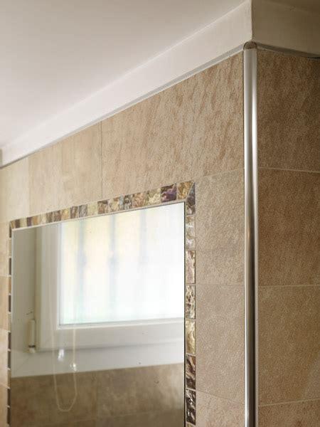 come posare le piastrelle bagno profili piastrelle bagno idee per la casa douglasfalls