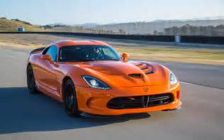 chrysler slashes viper price 15 000 in hopes of boosting