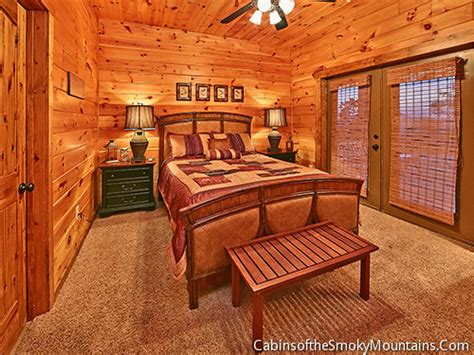 6 bedroom cabins in pigeon forge pigeon forge cabin eagle lodge 6 bedroom sleeps 16