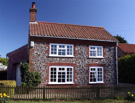 oaktree cottage for north norfolk self catering holiday