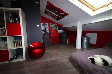 Délicieux Chambre Pour Ado Garcon #3: deco-chambre-ado-garcon-toulon-idee-deco-chambre-a-coucher-rouge-18090741-nanterre-phenomenal-coucher-rouge-ados-lit-separer-bebe-bleu-pour-une-zen-salle-de-jeux-salon-wc.jpg