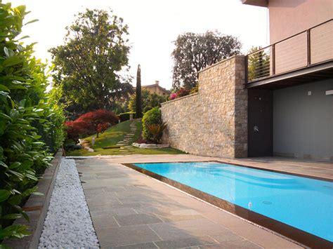 piscina in giardino piscina e giardino progettazione giardini