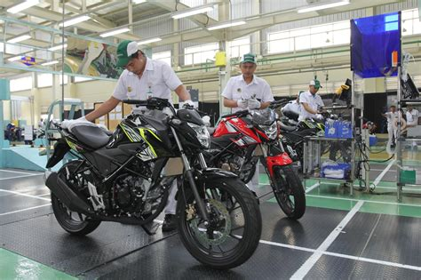 Warna Baru New Honda CB150R StreetFire , biar seger