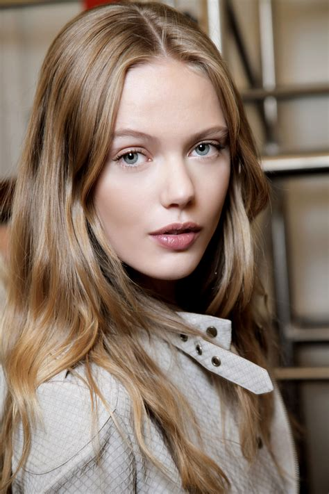 how to make your hairstyle stay looking overnight stylecaster