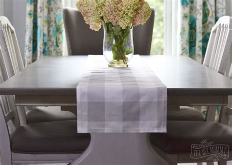 How To Sew A Table Runner by Make A No Sew Table Runner Tip Tuesday The Diy