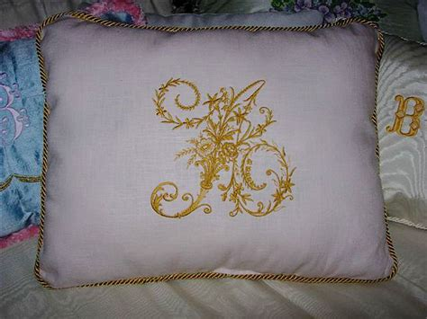 Pillow Embroidery Designs by Abc Embroidery Projects Pillow With Whitework