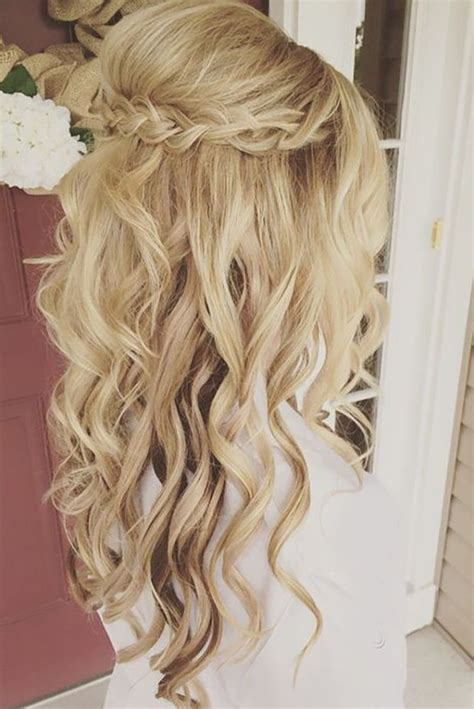 33 oh so curly wedding hairstyles hair colors wedding hairstyles bridesmaid hair