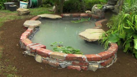 piccolo laghetto in giardino piccolo laghetto artificiale fai da te