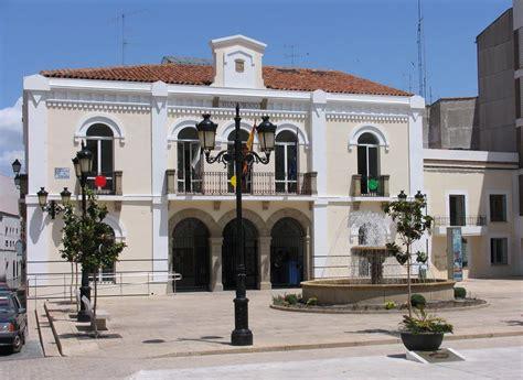 fotos antiguas navalmoral de la mata file ayuntamiento navalmoral de la mata jpg wikimedia
