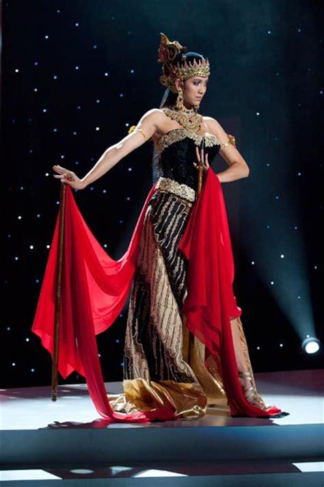 Kebaya Srikandi 16 10ประเทศอาเซ ยนม ความสำค ญอย างไร ช ดประจำชาต
