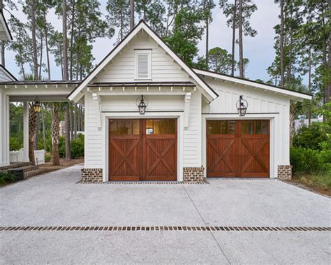 Garage Shed Designs einrichtungsidee f 252 r freistehende gro 223 e country carport in atlanta