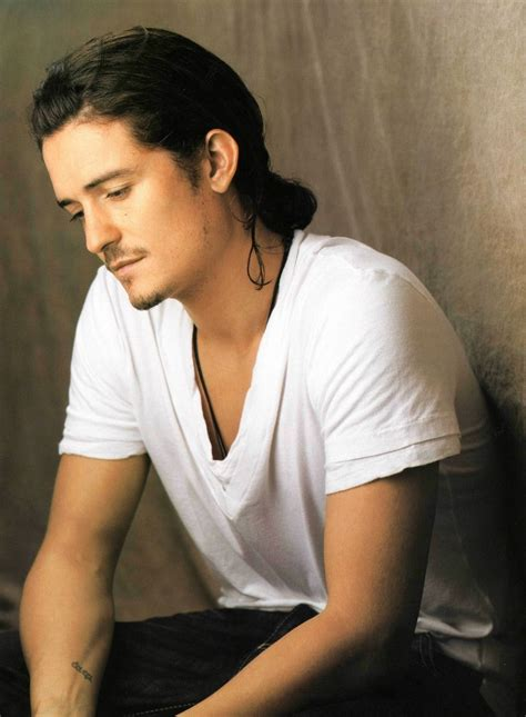 orlando bloom tattoo orlando bloom you can see his lotr it s elvish