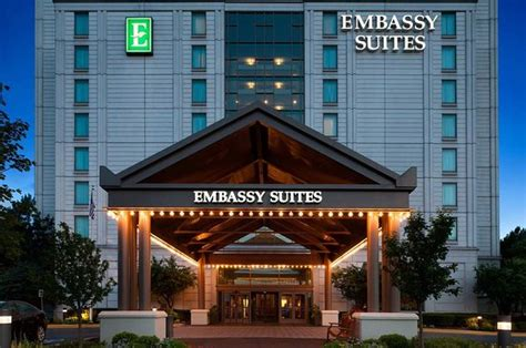 east carondelet illinois family vacations ideas on hotels attractions reviews embassy suites by chicago lombard oak brook il updated 2017 hotel reviews tripadvisor