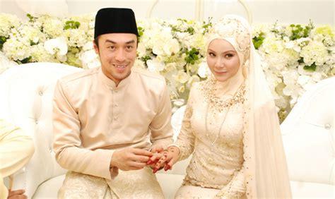 Baju Songket Khairul Fahmi Che Mat sekali lafaz sahaja leuniey sah milik apex selebriti