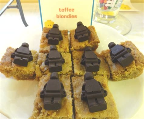 Lego Brown Chocolate toffee blondies w chocolate lego minifigs justjenn