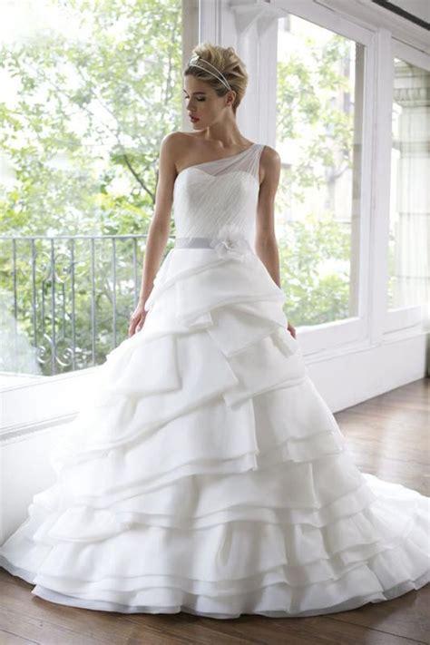 27 elegant and cheap wedding dresses
