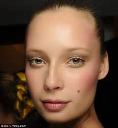Makeup Classes In Va Makeup Masterclass Va Va Bloom Daily Mail Online