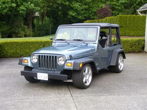 stanced jeep wrangler jeep wrangler r t pro touring lite