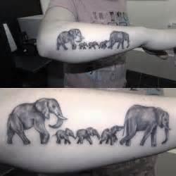 tattoo family elephants 17 beste idee 235 n over elephant family tattoo op pinterest