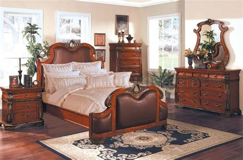 cherry finish leather upholstery traditional bedroom set