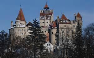 vlad the impalers castle bran castle romania home of vlad the impaler count
