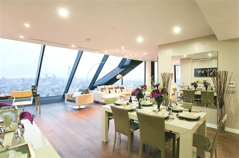 luxury penthouse luxury penthouse overlooking london s majestic skyline