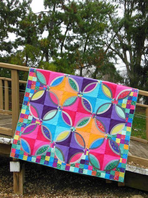 bloggers quilt festival polka dot bikini quilt color