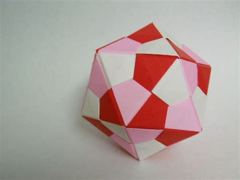 Modular Origami Folding - 17 best ideas about modular origami on paper