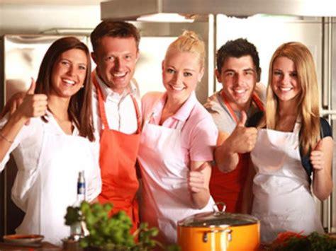 Date Zusammen Kochen by Gemeinsam Kochen Hier K 246 Nnen Sie Es Probieren Eat Smarter