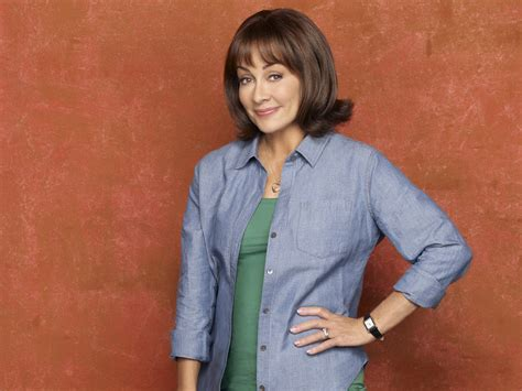 patricia heaton hairstyle on the middle patricia heaton middle