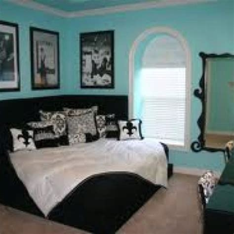 tiffany blue themed bedroom tiffany s themed bedroom love the angled bed bedroom