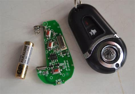 Baterai Mobil penyebab dan cara mengatasi remote pintu mobil tidak