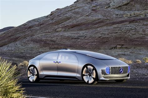 future mercedes daimler and qualcomm will bring wireless charging to
